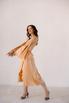 Золотое платье на запах из шелка с рукавом в прокат и аренду в Киеве. Фото 4