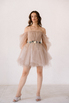 Короткое пышное платье мини песочного цвета с цветами в прокат и аренду в Киеве. Фото 2