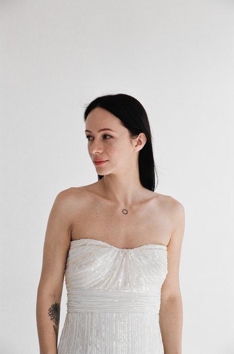 Платье-бюстье цвета шампанского расшитое пайетками