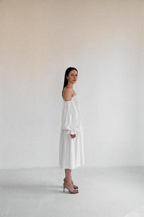 Шовкова біла сукня з рукавом буф і драпіровками в прокат и oренду в Киiвi. Фото 2