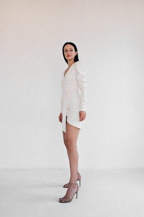 Молочна сукня міні з запахом на підкладці в прокат и oренду в Киiвi. Фото 1