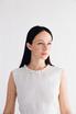 Белое пышное платье из структурированной ткани с воротником из жемчуга в прокат и аренду в Киеве. Фото 3