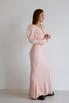 Платье макси с открытой спиной розового цвета с объемными плечами в прокат и аренду в Киеве. Фото 4