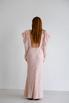 Платье макси с открытой спиной розового цвета с объемными плечами в прокат и аренду в Киеве. Фото 5