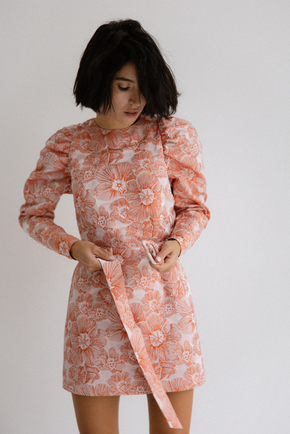 Платье из жаккарда с принтом цветы розового цвета цвета длины мини в прокат и аренду в Киеве. Фото 2