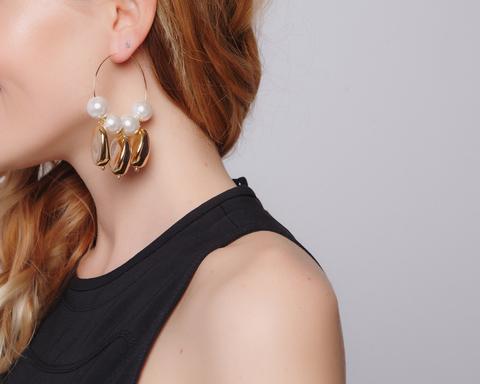 Золотые серьги-кольца с жемчугом