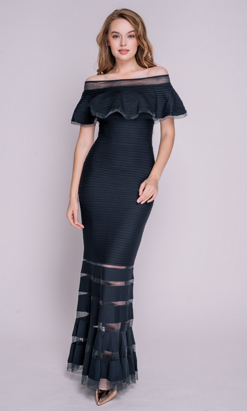 Темно-синее платье со спущенными плечами в пол