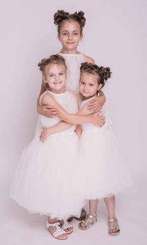Дитяче біле плаття міді з відкритими плечима в прокат и oренду в Киiвi. Фото 2