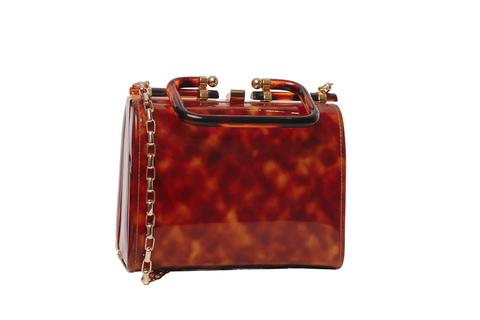 Винтажная сумочка с золотой цепочкой