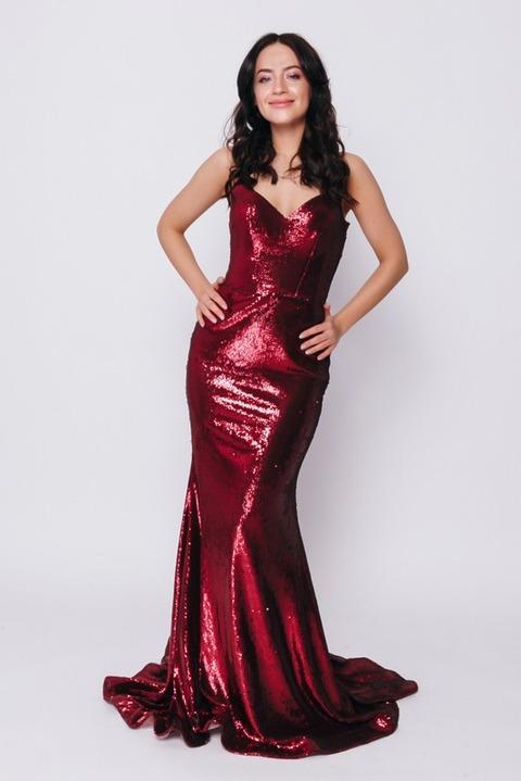 Красное платье в  пол из пайетки на тонких брителях
