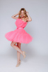Ярко- розовое платье мини из фатина в прокат и аренду в Киеве. Фото 3