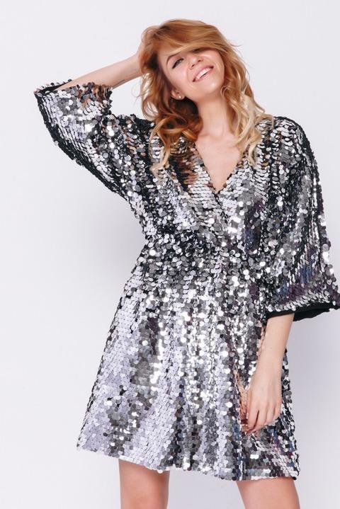 Платье мини в серебряных пайетках на запах