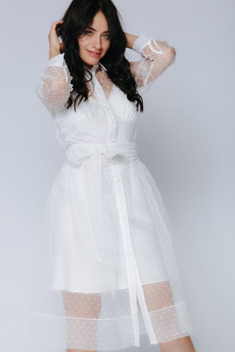 Белое комбинированное платье в горох с поясом