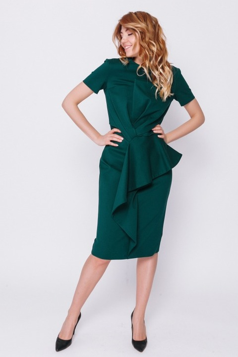 Темно-зеленое платье мини с коротким рукавом
