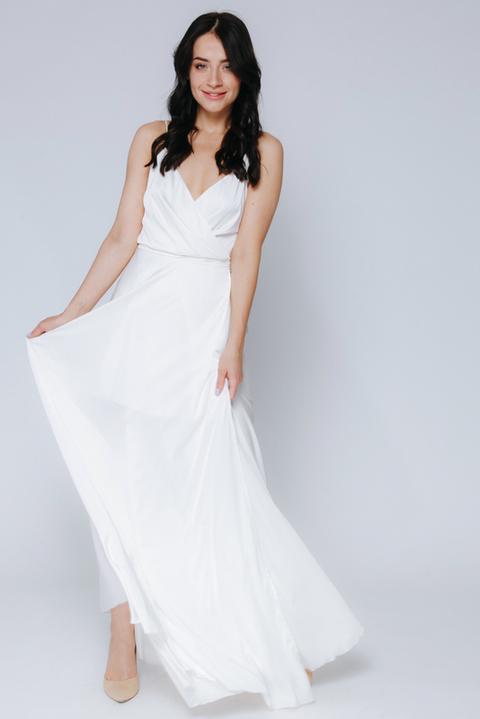 Белое платье в пол на запах
