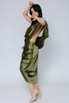 Шелковое платье оливкого цвета со спущенным плечом в прокат и аренду в Киеве. Фото 3