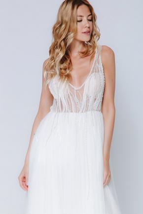 Біле плаття максі з глибоким вирізом і паєтками в прокат и oренду в Киiвi. Фото 2