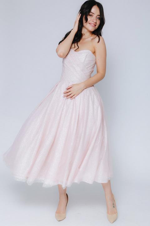Розовое платье миди с мерцанием