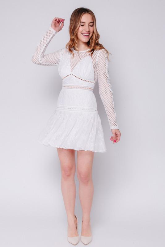 Белое платье мини из кружева с длинным рукавом в прокат и аренду в Киеве, Одессе, Харькове. Фото 2