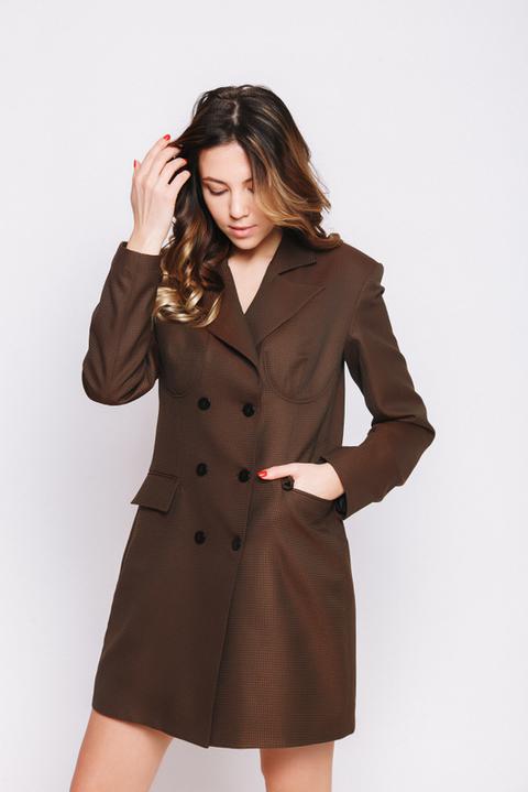 Двубортное платье-пиджак в клетку