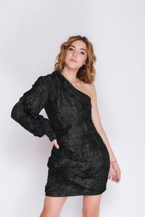 Черное платье мини на одно плечо с блестящей нитью