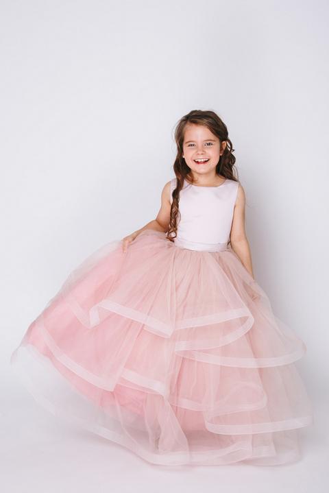 Детское розовое платье с пышной юбкой и с болеро