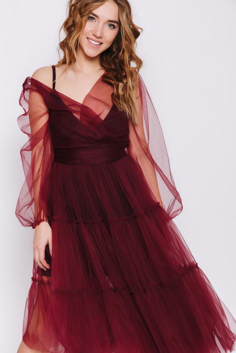 Темно- бордовое платье на запах с фатиновым верхом