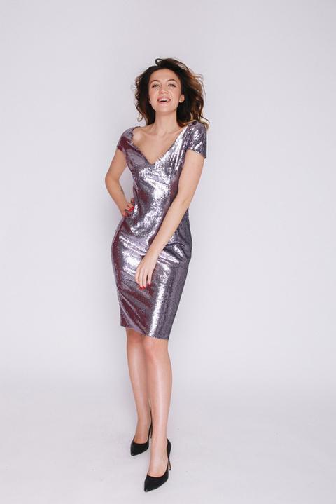 Сиреневое платье миди в пайетках