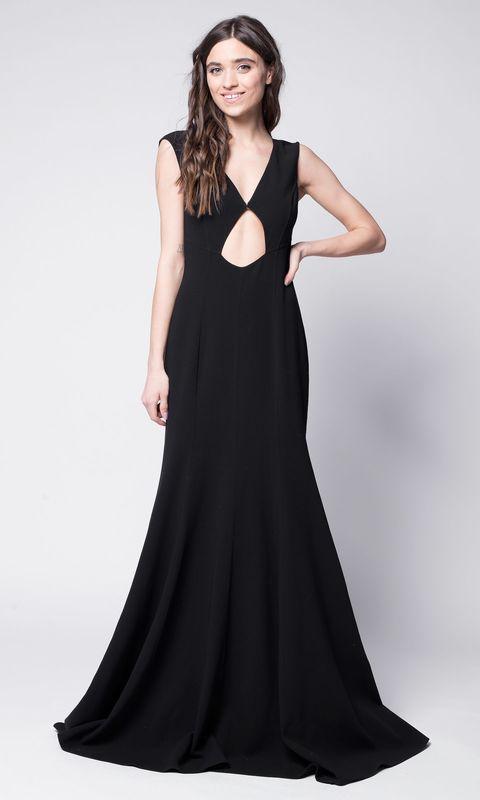 Черное платье в пол с вырезами