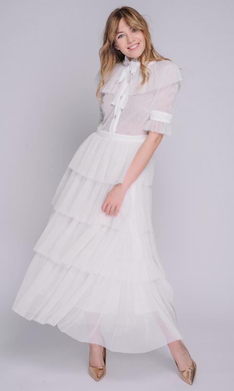 Белое платье с золотым мерцанием
