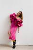 Платье миди ярко-розового цвета с принтом и обьемными воланами на рукавах в прокат и аренду в Киеве. Фото 2