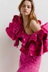 Платье миди ярко-розового цвета с принтом и обьемными воланами на рукавах в прокат и аренду в Киеве. Фото 4