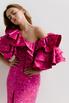 Платье миди ярко-розового цвета с принтом и обьемными воланами на рукавах в прокат и аренду в Киеве. Фото 1