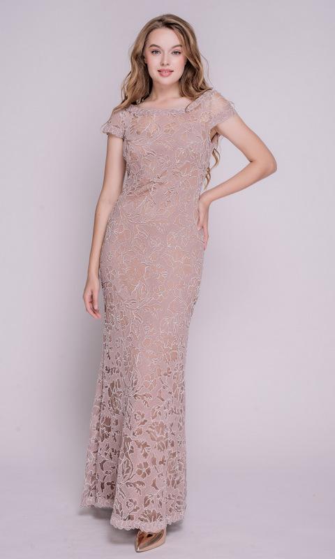 Бежевое кружевное платье в пол с коротким рукавом