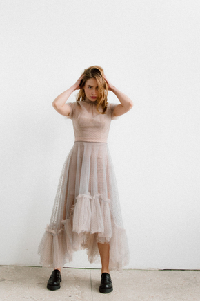 Комбіноване плаття із сітки сірого кольору з тілесним корсетом в прокат и oренду в Киiвi. Фото 2