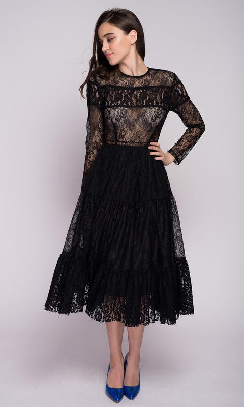 Черное кружевное платье миди с рукавом