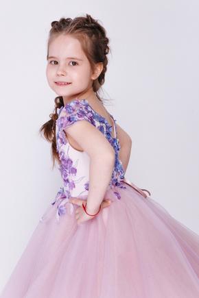 Дитяче плаття лавандового кольору з аплікацією в прокат и oренду в Киiвi. Фото 2