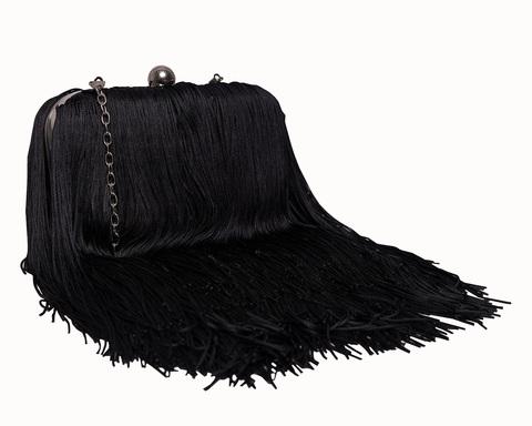 Клатч с бахромой черного цвета