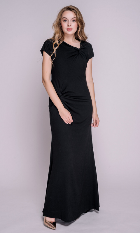 Черное платье в пол с драппировкой