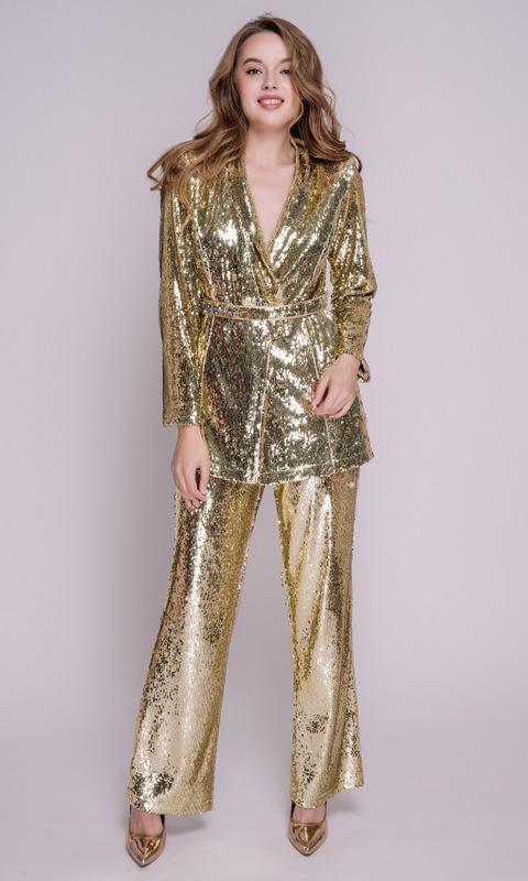 Золотой костюм в пайетках