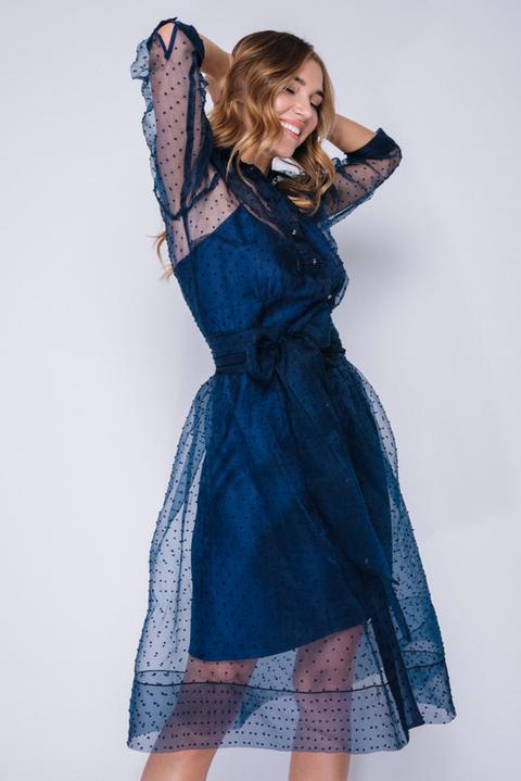 Синее комбинированное платье в горох с поясом