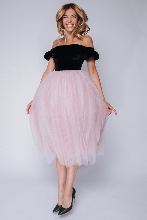 Платье миди с бархатным верхом и розовым фатином