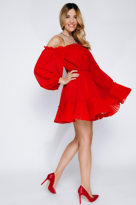 Красное платье мини из шифона со спущенными плечами и камнями в прокат и аренду в Киеве, Одессе, Харькове. Фото 2