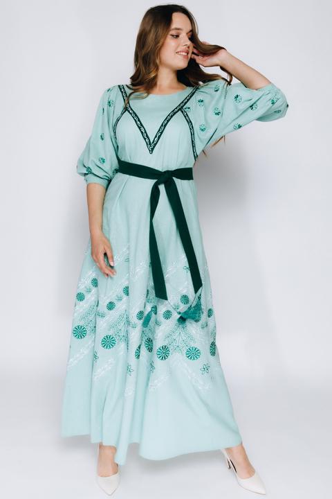 Зеленая вышиванка с длинным рукавом