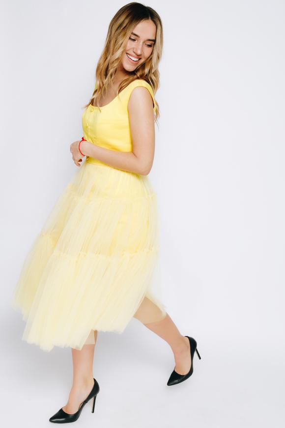 Желтое платье миди из фатина с широкими шлейками в прокат и аренду в Киеве. Фото 2