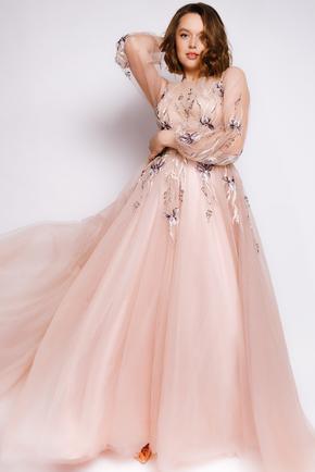 Пишна довга сукня пісчаного кольору з вишивкою в прокат и oренду в Киiвi. Фото 1