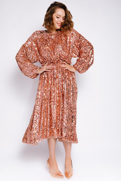 Платье миди из пайеток цвета розовое золото с открытой спиной