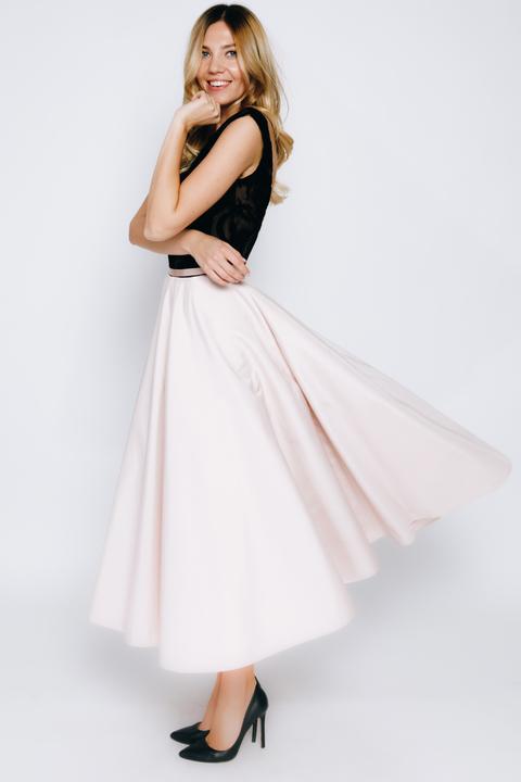 Платье миди с пышной юбкой и бархатным верхом