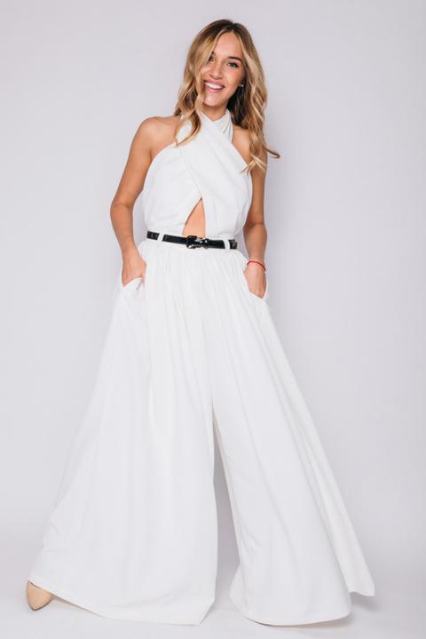 Белый комбинезон с широкими брюками