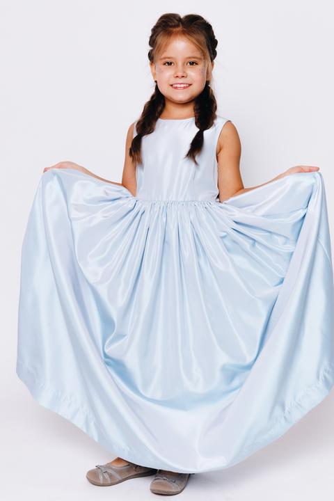 Детское голубое платье в пол с поясом